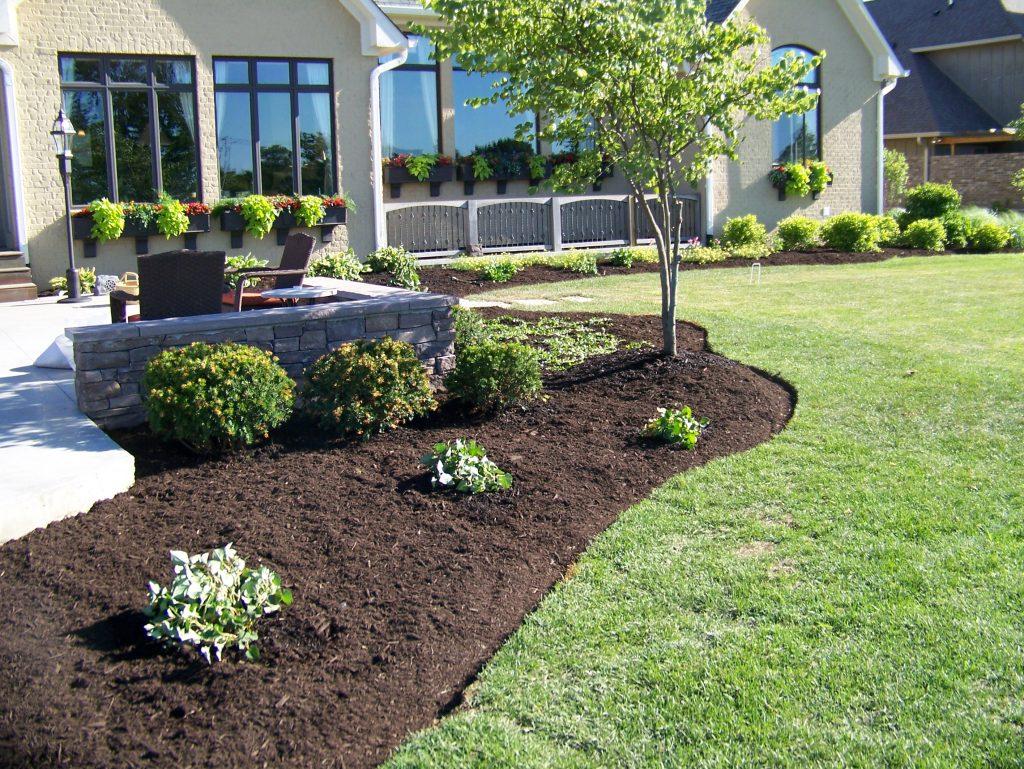 mulch installation in Pelham, AL